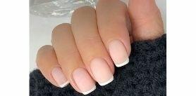 Маникюр, педикюр, наращивание, ремонт ногтей встудии красоты Ivory фото