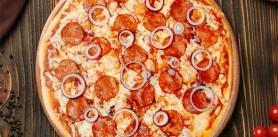 Пицца-сеты и пицца «Пепперони» впиццерии Grande Pizza фото