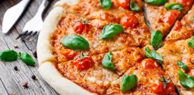"""Пицца """"Маргарита"""" в кафе """"Brunch&Lunch"""" фото"""