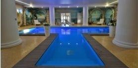 SPA-комплекс сбольшим бассейном, сауной имассажным кабинетом при бронировании банного или гостевого дома «Заречаны» фото