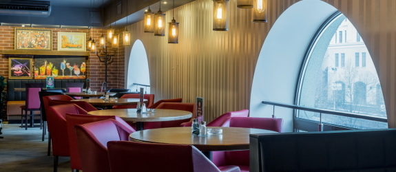 Ресторан T.G.I.FRIDAYS (Т.Ж.И.Фрайдис) фото