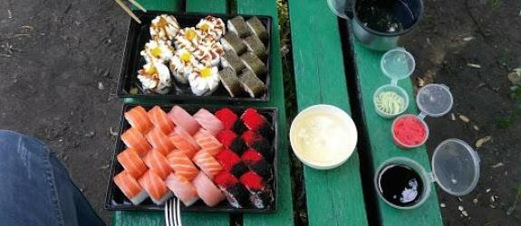 Суши бар Юджын Крабс фото