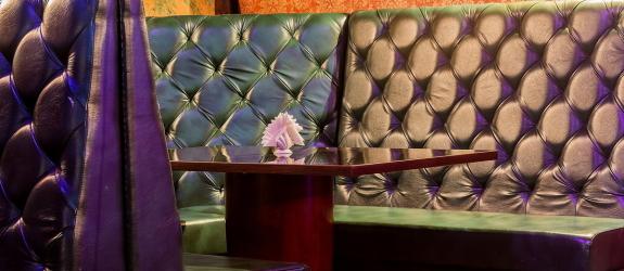 Караоке-клуб Зелёный попугай фото