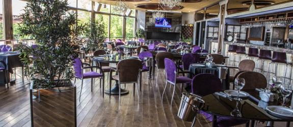 Ресторанный комплекс Food Republic River Cafe фото