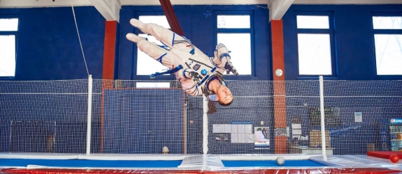 Батутная арена Гравитация фото