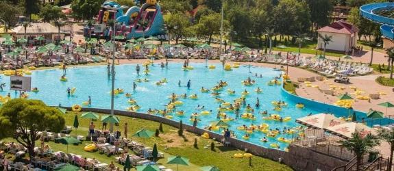 Аквапарк и парк развлечений Дримлэнд фото