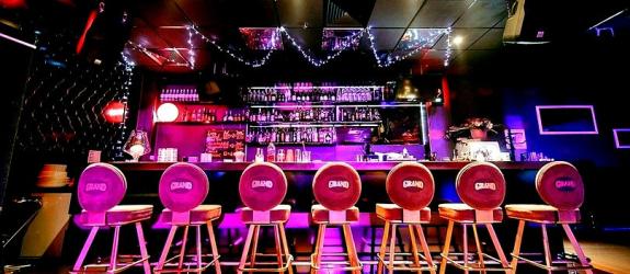 Покерный клуб Slot & bar GRAND фото