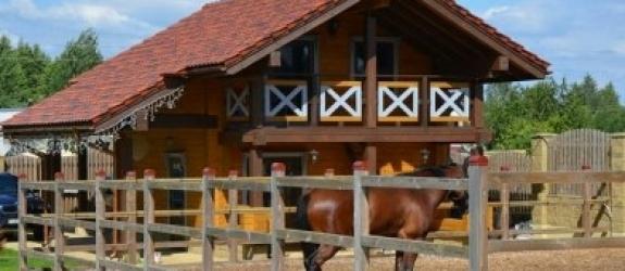 Элитный конный клуб Ржачная дача фото